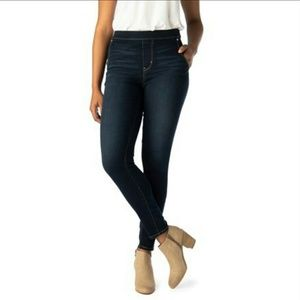 Levi Strauss High-Rise Pull-On Jeggings